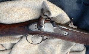 pistol_300